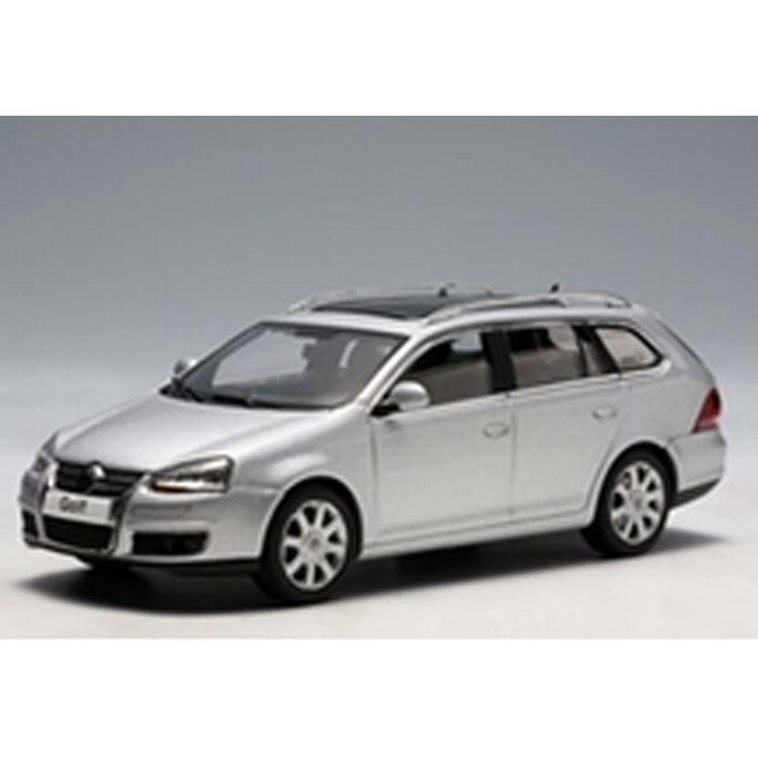 Volkswagen VW Jetta Variant ( Golf 5 Variant ) Autoart escala 1/43