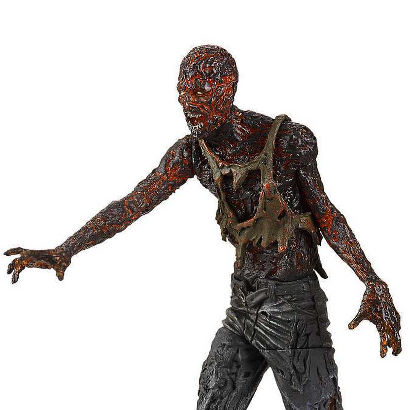 Walking Dead - Charred Zombie figure - McFarlane Toys series 5 action figures