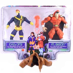 X-men Vs. Street Fighter Bonecos Toy Biz Cyclops Vs. M.bison / Gulliver (aberto)