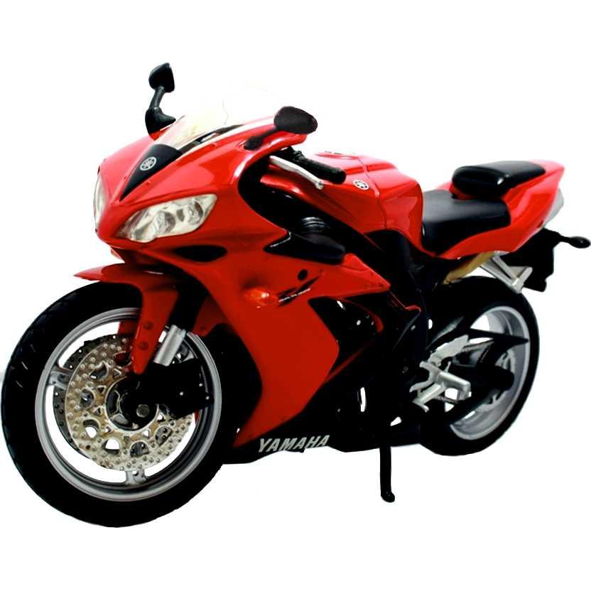Yamaha YZF-R1 vermelha marca Maisto escala 1/12